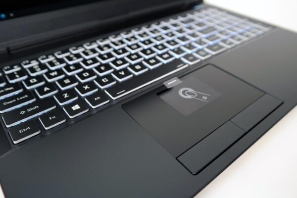 PCAudioLabs MC m7s Pro Audio Laptop - 15 inch - keyboard
